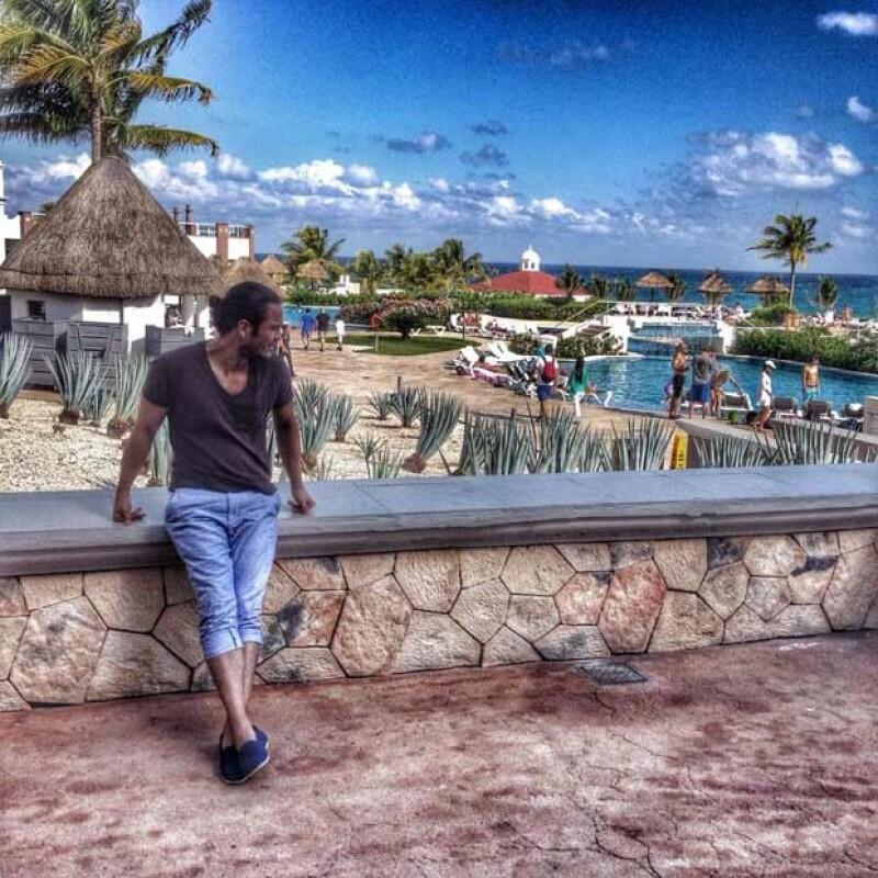 Kuno disfruta de la Riviera Maya en su debut como director de cine.