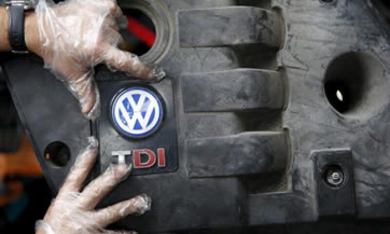Volkswagen notificará en los próximos días a sus clientes afectados que se debe mejorar el escape. (Foto: Reuters)