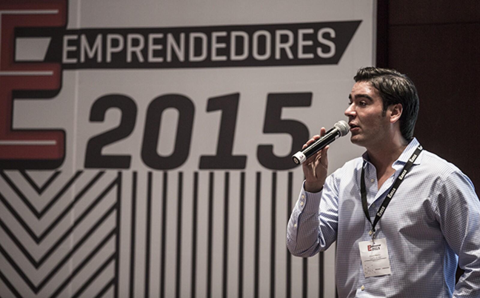 """Conforme abrían su 'corazón' emprendedor, más finalistas contaron sus fracasos, como Álvaro Aguilar de Cuarto de Kilo. """"Este camino es de resistencias, por eso debemos vivir y respirar por nuestro negocio"""", dijo."""
