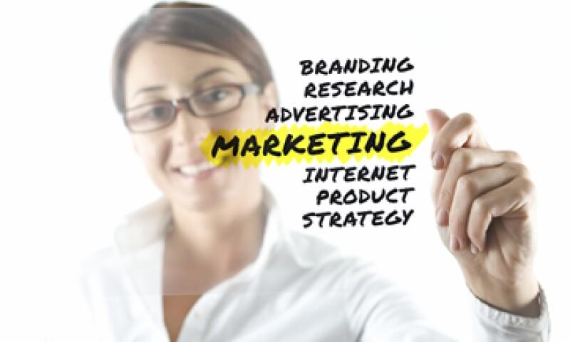 Los expertos mercadólogos ya no hablan sólo de campañas publicitarias en general, sino de la necesidad de asociar la marca directamente a sus consumidores. (Foto: Getty Images)