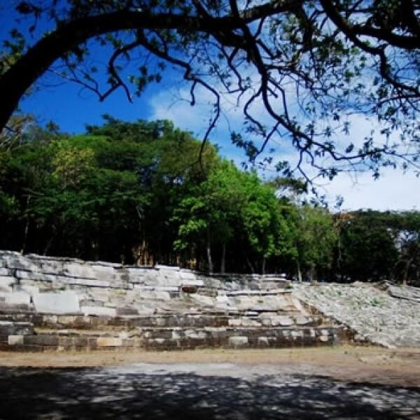 zona arqueologica iglesia vieja