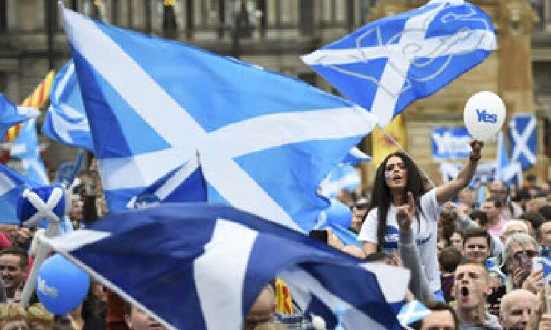 El primer ministro británico, David Cameron, dijo que siempre pensó que la consulta estaría muy reñida. (Foto: Reuters)