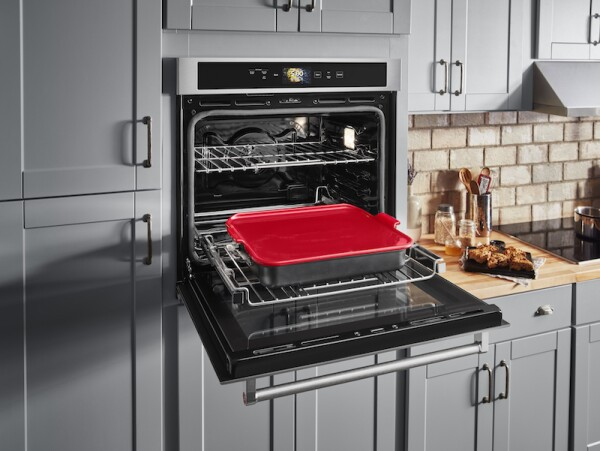 LIFE AND STYLE Smart Oven (2).jpg