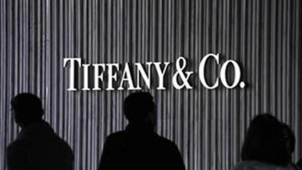 Tiffany tendría ventas de 3,460 mdd, lo que supera las expectativas de Wall Street de 3,370 mdd para este año. (Foto: Reuters)