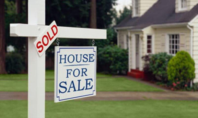 Los analistas esperaban un alza de 0.8% en las ventas pendientes de casas usadas.  (Foto: Getty Images)