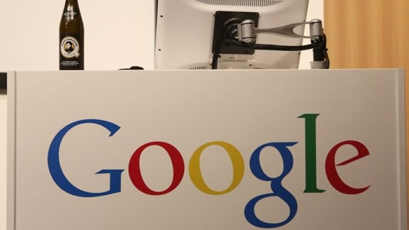 El gigante de la internet Google aseguró mediante un ejecutivo que su principal competidor no es otro buscador en línea