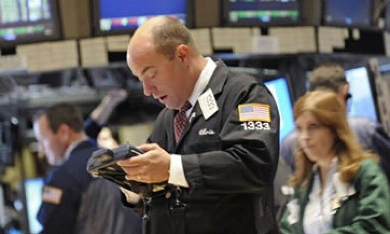Con base en el desempeño de este año, las carteras de los inversores pueden parecer deprimentes. (Foto: AP)