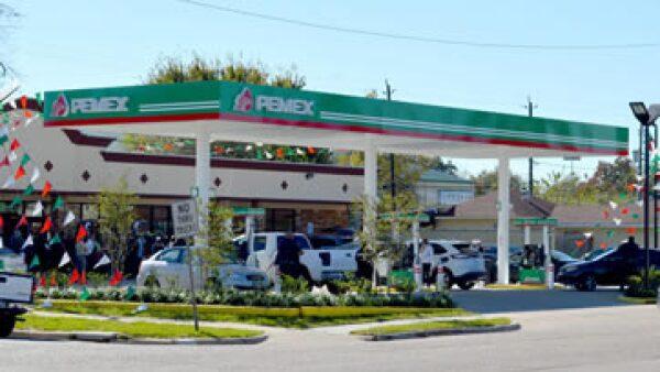 La petrolera está sumergida en este pleito con el órgano regulador desde 2014. (Foto: Notimex)