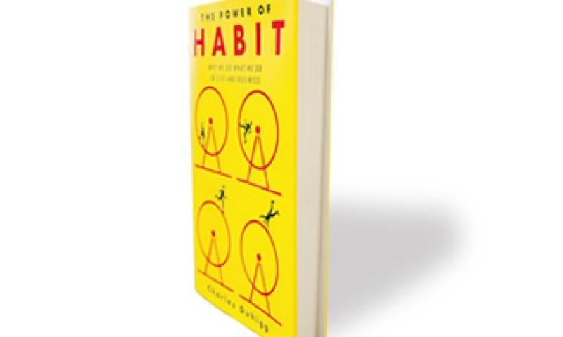 Este libro es un manual sobre cómo detectar las rutinas negativas y cómo cambiarlas o mejorarlas. (Foto: Dayan Jiménez)