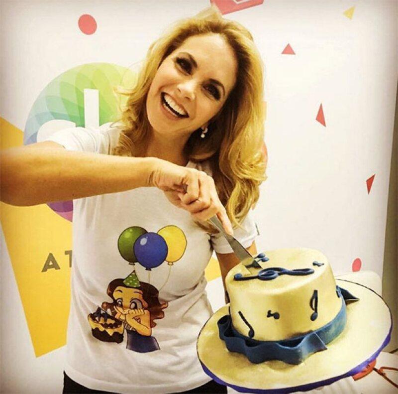 Lucero es la birthday girl de hoy y a través de sus redes sociales compartió sus múltiples festejos.