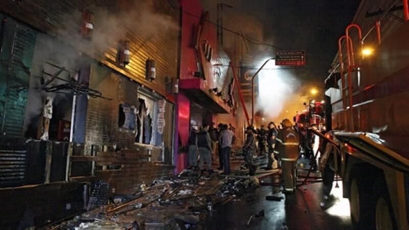 La madrugada del domingo un incendio en la discoteca Kiss, en el sur de Brasil, provocó al menos la muerte de 233 personas.