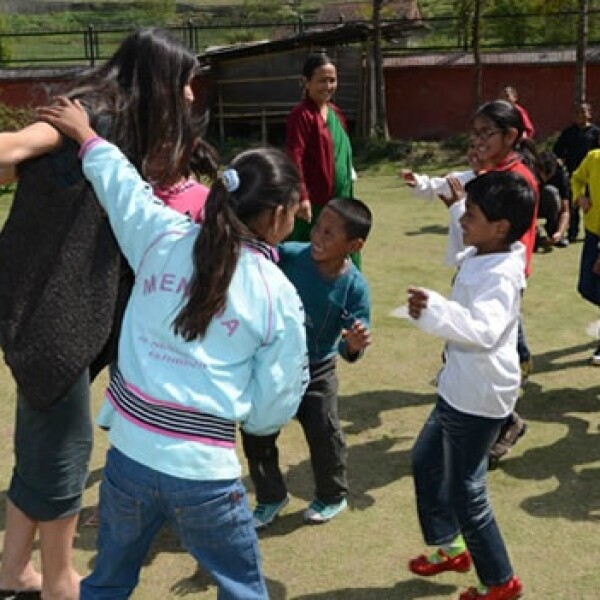 Proyecto Libertad - Demi Moore - niños de Maiti Nepal