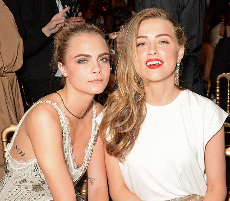 La actriz y sus amigas Cara Delevingne y Margot Robbie se quedaron con las ganas de entrar en la sala de fiesta SophistiCats, ya que el equipo de seguridad les negó la entrada.