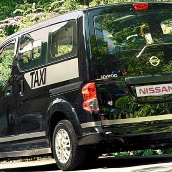 Este taxi es más eficiente y más respetuoso del medio ambiente que los actuales vehículos de traslado, dice la automotriz. Además se ha puesto énfasis sobre el espacio de los ocupantes y el acceso a las personas con movilidad reducida.