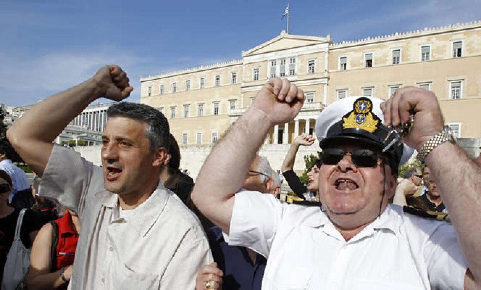 El proyecto de recortes del ejecutivo ha causado protestas de diversos sectores de la sociedad.