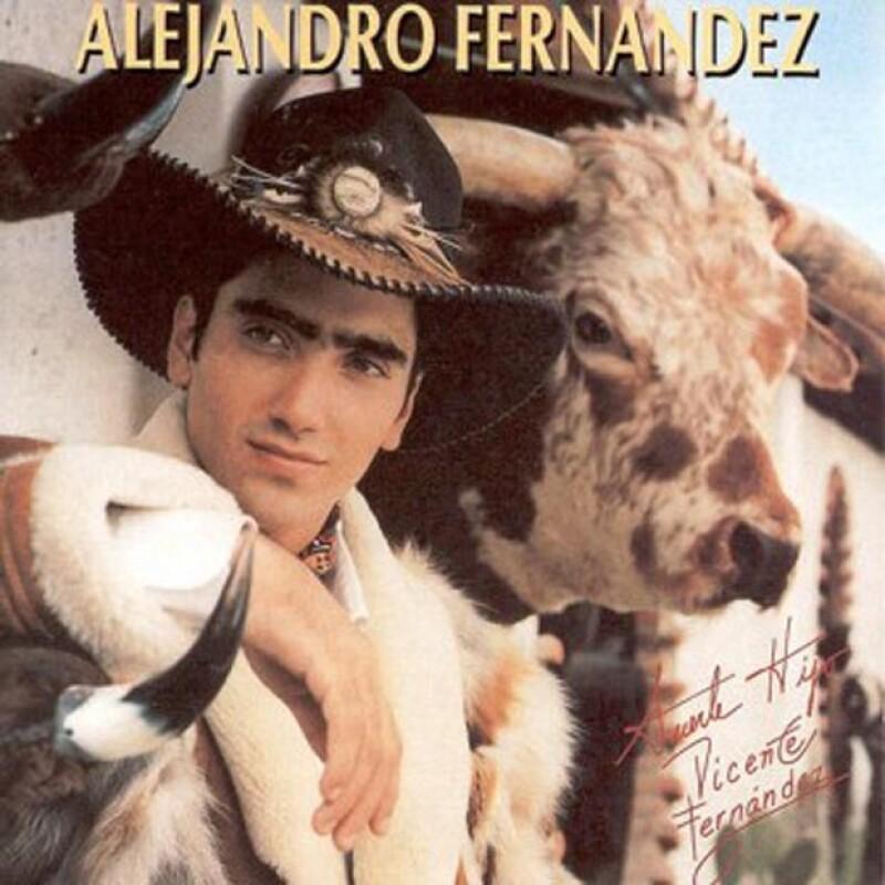 A los 20 años El Potrillo lanzó su primera producción discográfica homónima.