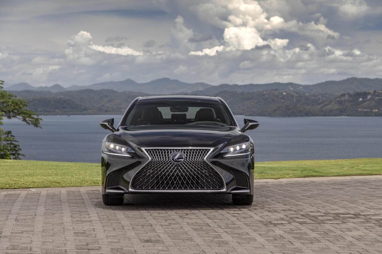 Toyota abrirá en diciembre las primeras agencias de Lexus, su apuesta premium