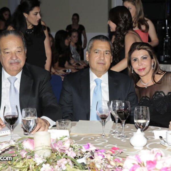 Carlos Slim,Manlio Fabio Beltrones,Sylvia Sánchez de Beltrones