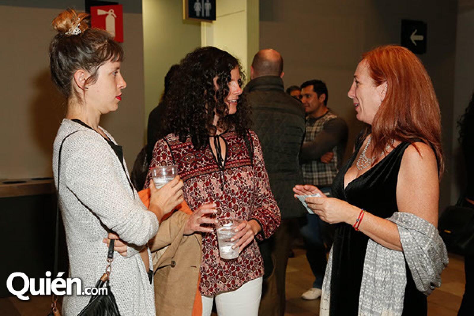 Lia Labarthe,Antia Halpert y Monique Rojkind