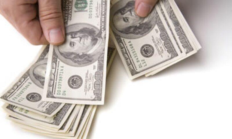 A la compra, el billete verde se ubicó en 16.85 pesos a la venta en bancos. (Foto: iStock by Gettty Images )