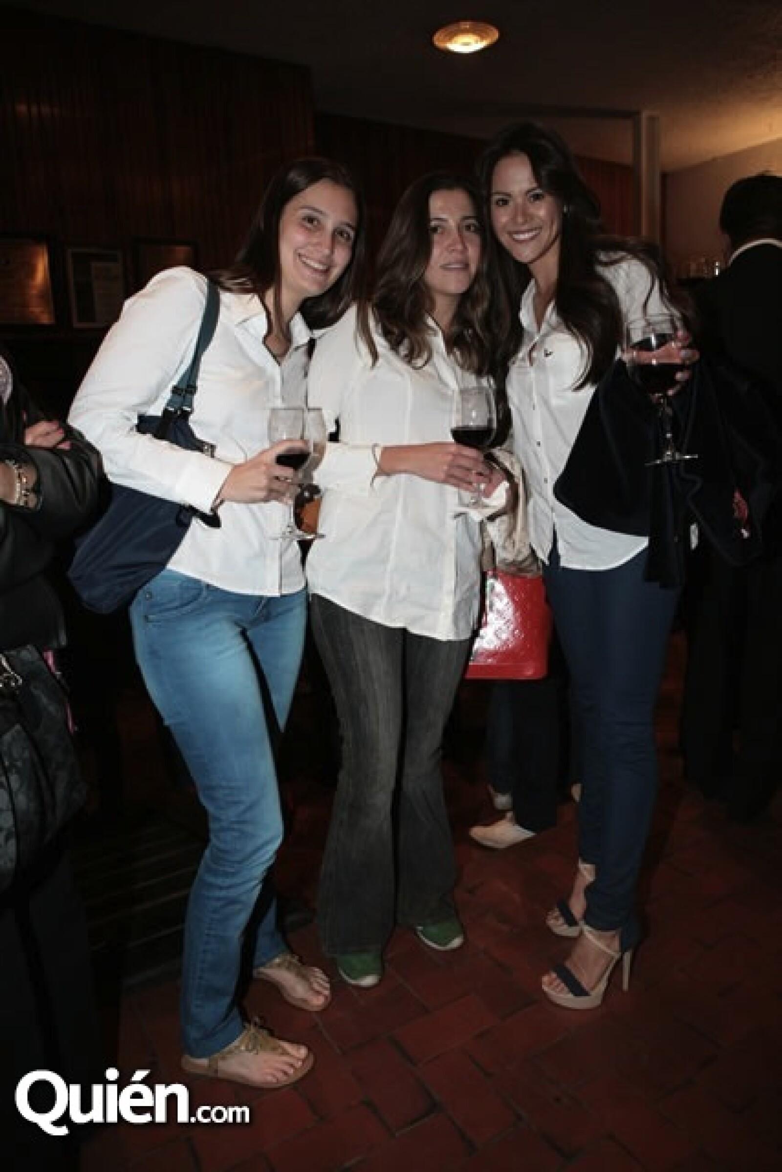 Mayra Marquéz, María José Bribiesca y Natalia Farías