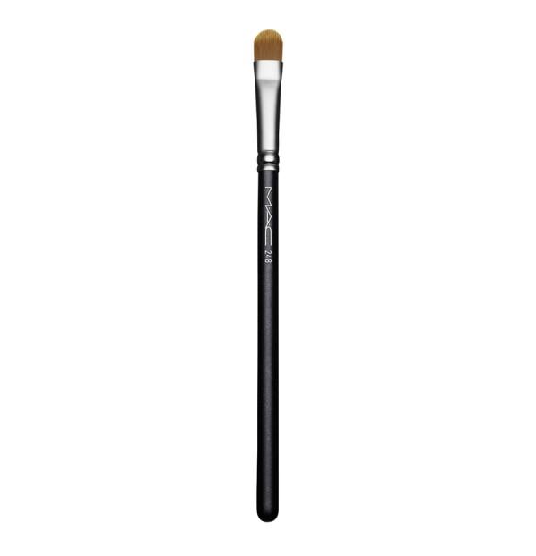 MAC-248-Small-Eye-Shader-Brush.jpg