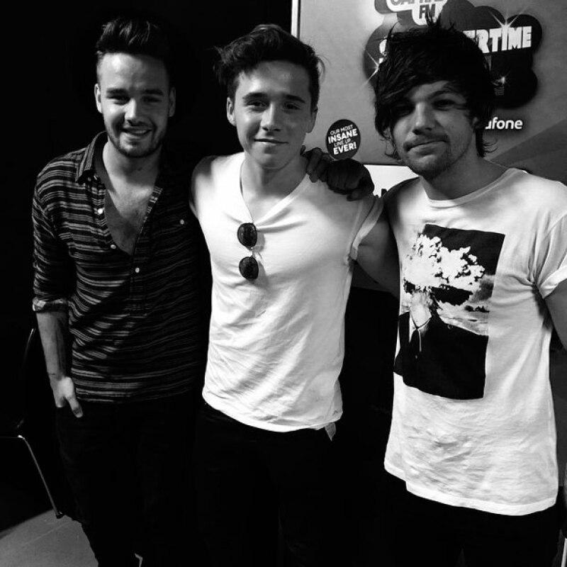 Brooklyn publicó las imágenes por separado de su reunión con One Direction.