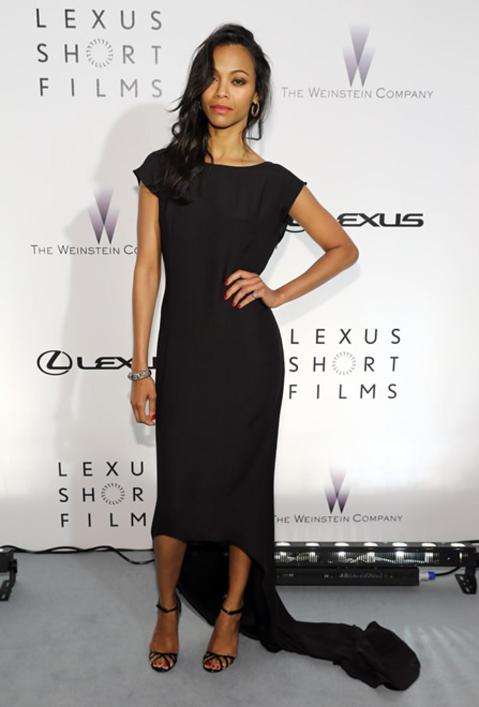 En la fiesta de Weinstein en Cannes, la actriz usó un vestido Lanvin Otoño 2013 y sandalias Gucci.