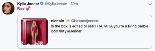 Kylie Jenner sorprende como Barbie