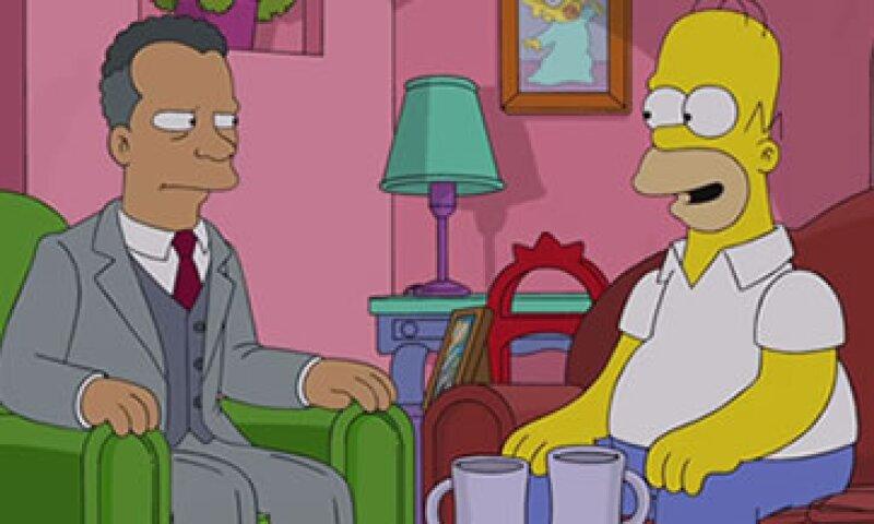 El representante de la FIFA (izq) le dice a Homero (der) que la corrupción está en todos lados. (Foto: YouTube )