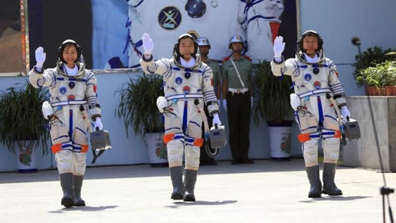 astronautas chinos liu yang