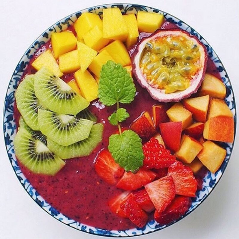 El acai bowl es mejor como desayuno para mantenerte alerta y con energía durante todo el día.
