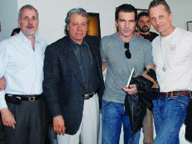 Ha recibido en su sala a García Máquez, Carlos Fuentes, Antonio Banderas y Viggo Mortensen. Hoy nos cuenta cómo se convirtió en un personaje clave de Jalisco.