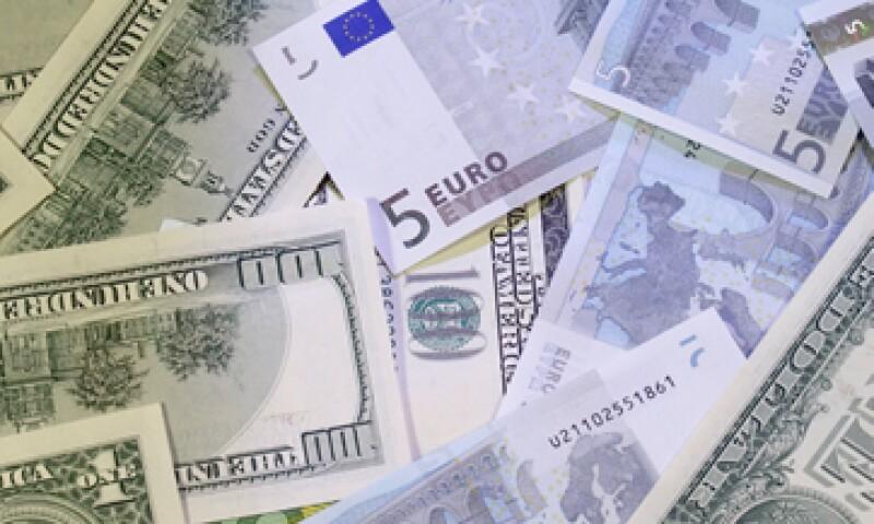 Se esperaba que el euro sería un competidor fuerte del dólar, incluso que podría desplazarlo. (Foto: Thinkstock.)