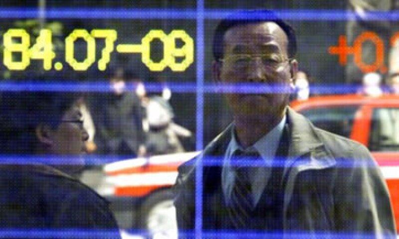 Japón negó seguir los paseos de la Fed porque indicó que esa política podría desestabilizar a los mercados. (Foto: AP)