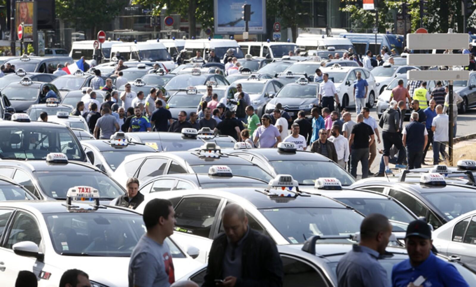 Además de París, las ciudades de Marsella, Toulouse, Burdeos, Niza y Lille registraron movilizaciones.