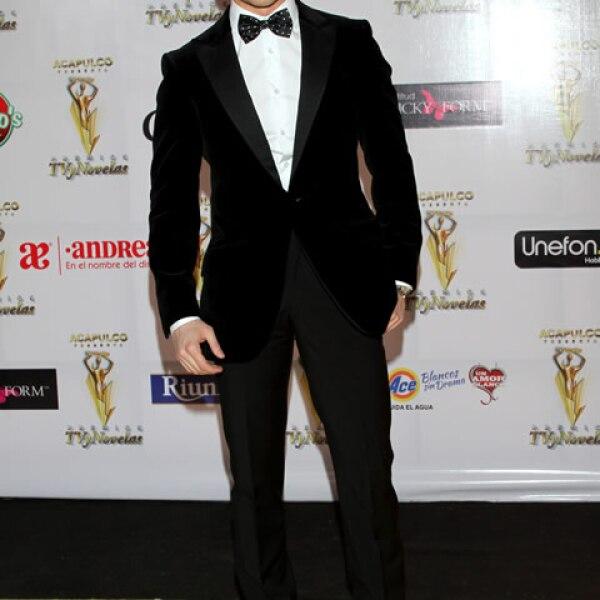 Eleazar Gomez es ídolo juvenil, su participación en telenovelas infantiles y juveniles lo ha posicionado como uno de los chavos más atractivos.