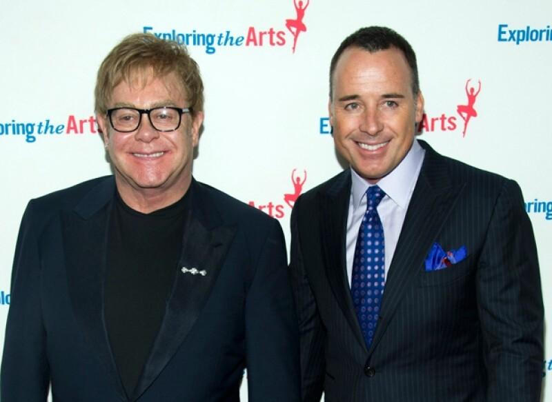 Elton John como siempre acompañado por su pareja David Furnish.