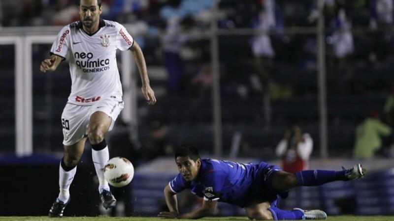 Danilo anota gol al Cruz Azul