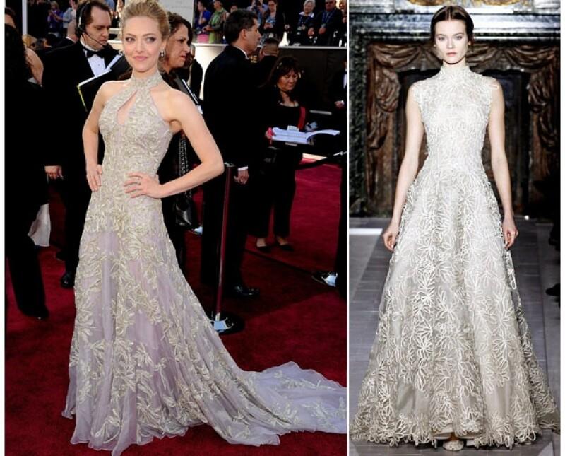 Amanda Seyfried utilizó un Alexander McQueen que se parecía mucho al Valentino que pretendía usar la ganadora del Oscar.