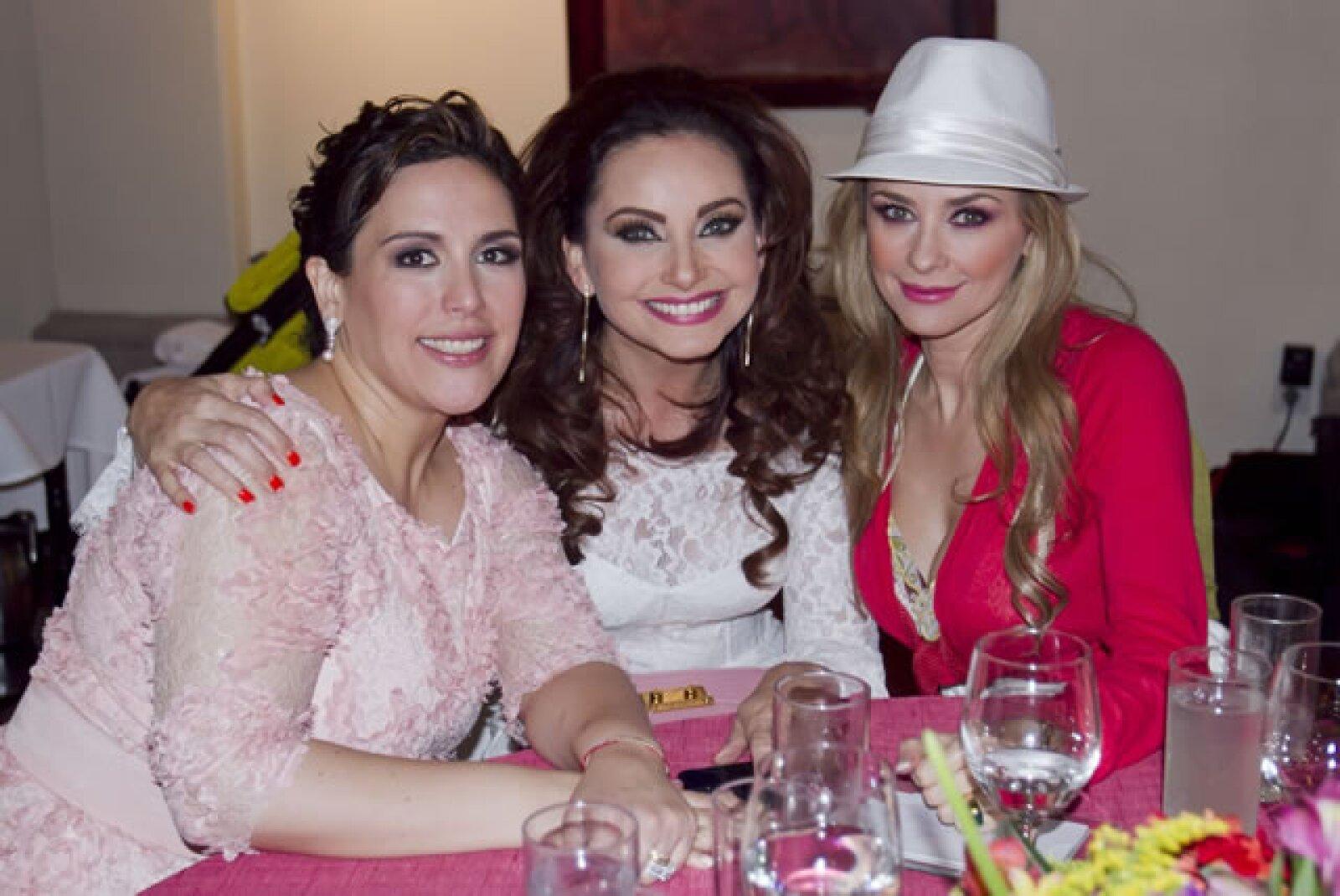 Angélica Vale, Elizabeth Álvarez y Araceli Arámbula.