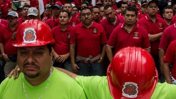 integrantes del Sindicato Nacional de Trabajadores Mineros, Metal�rgicos y Similares de la Rep�blica Mexicana