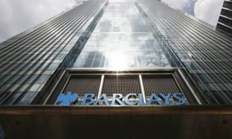 Tres directivos de Barclays renunciaron esta semana luego de que el banco fue multado con 435 mdd por falsas declaraciones en los costos de préstamos. (Foto: Reuters)