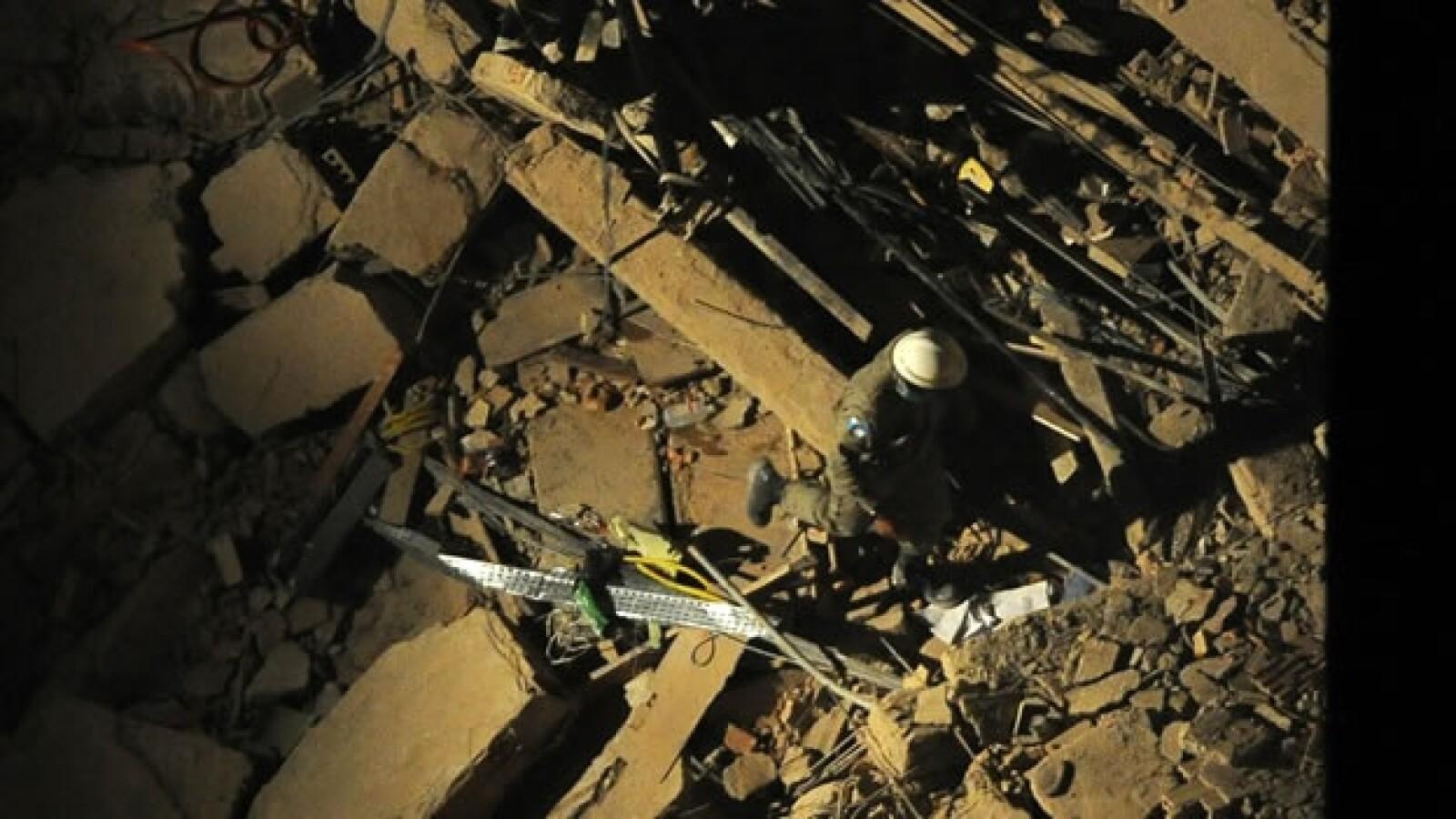Un edificio colapsa en el centro histórico de Río de Janeiro