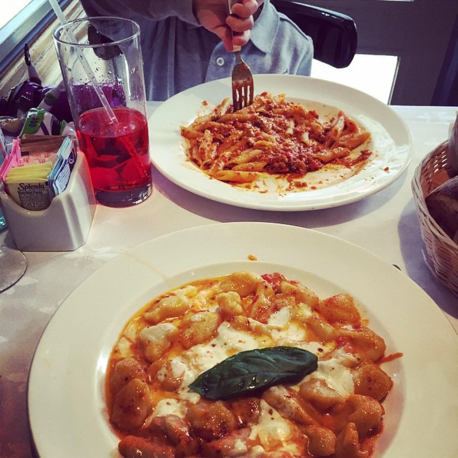 La ascendencia italiana de Tommy Mottola hace natural que la pareja ame las pastas.