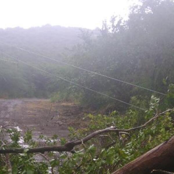 huracan-earl9