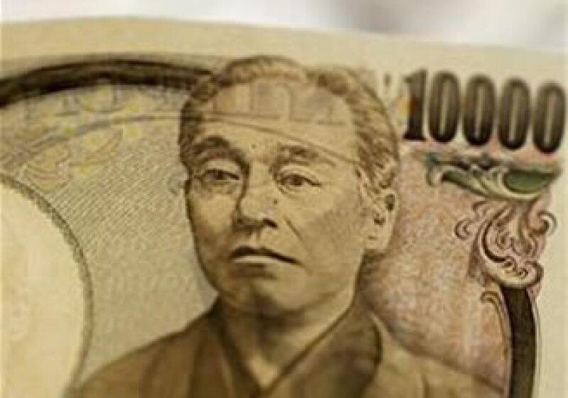 El Banco de Japón busca proteger al sistema bancario del impacto negativo por el sismo del 11 de marzo. (Foto: Reuters)