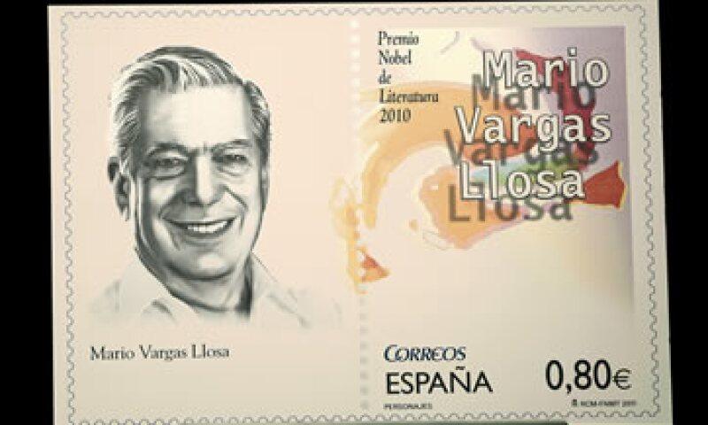 """La estampilla de Mario Vargas Llosa forma parte de la colección """"Personajes"""" de Corres de México. (Foto: Notimex)"""