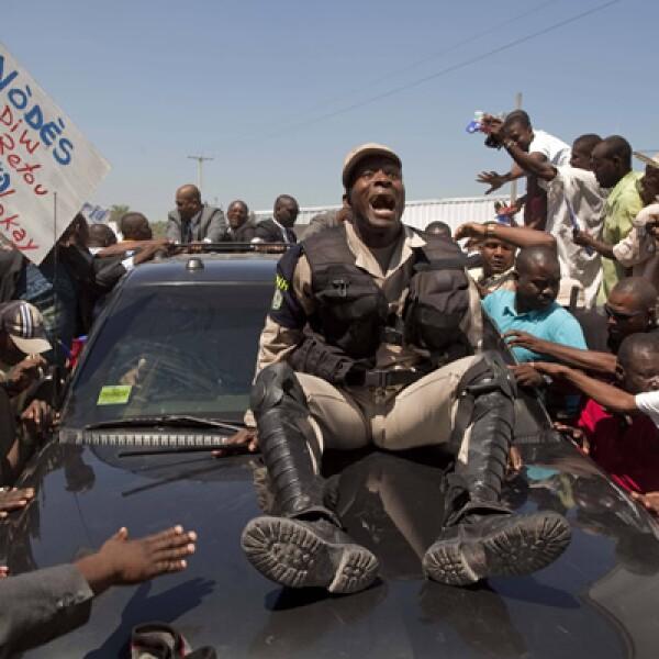 El presidente de Haiti, Jean-Bertrand Aristide, regresa a su país el 18 de marzo, después de permanecer siete años exiliado en Sudáfrica.