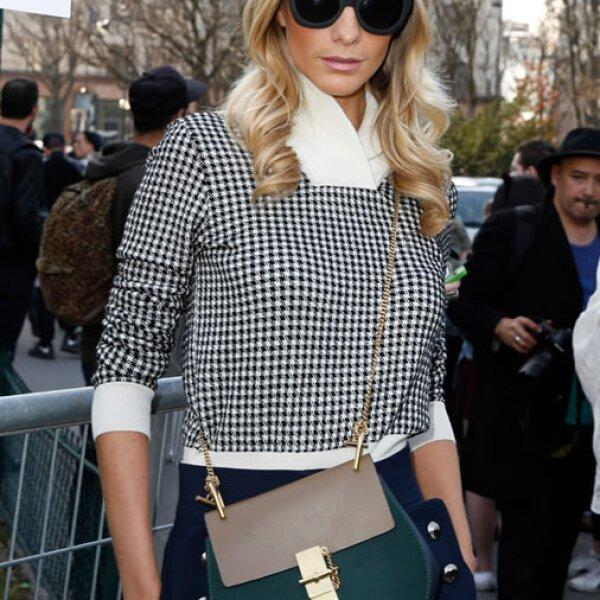 Además de Olivia Palermo, Poppy Delevingne asistió al desfile de Chloé con su Drew bag.